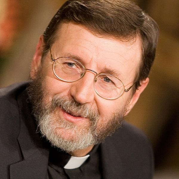 Fr Mitch Pacwa