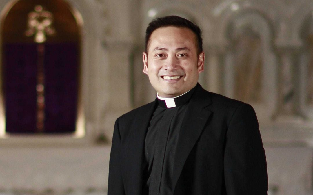 Who is Fr Leo Patalinghug?
